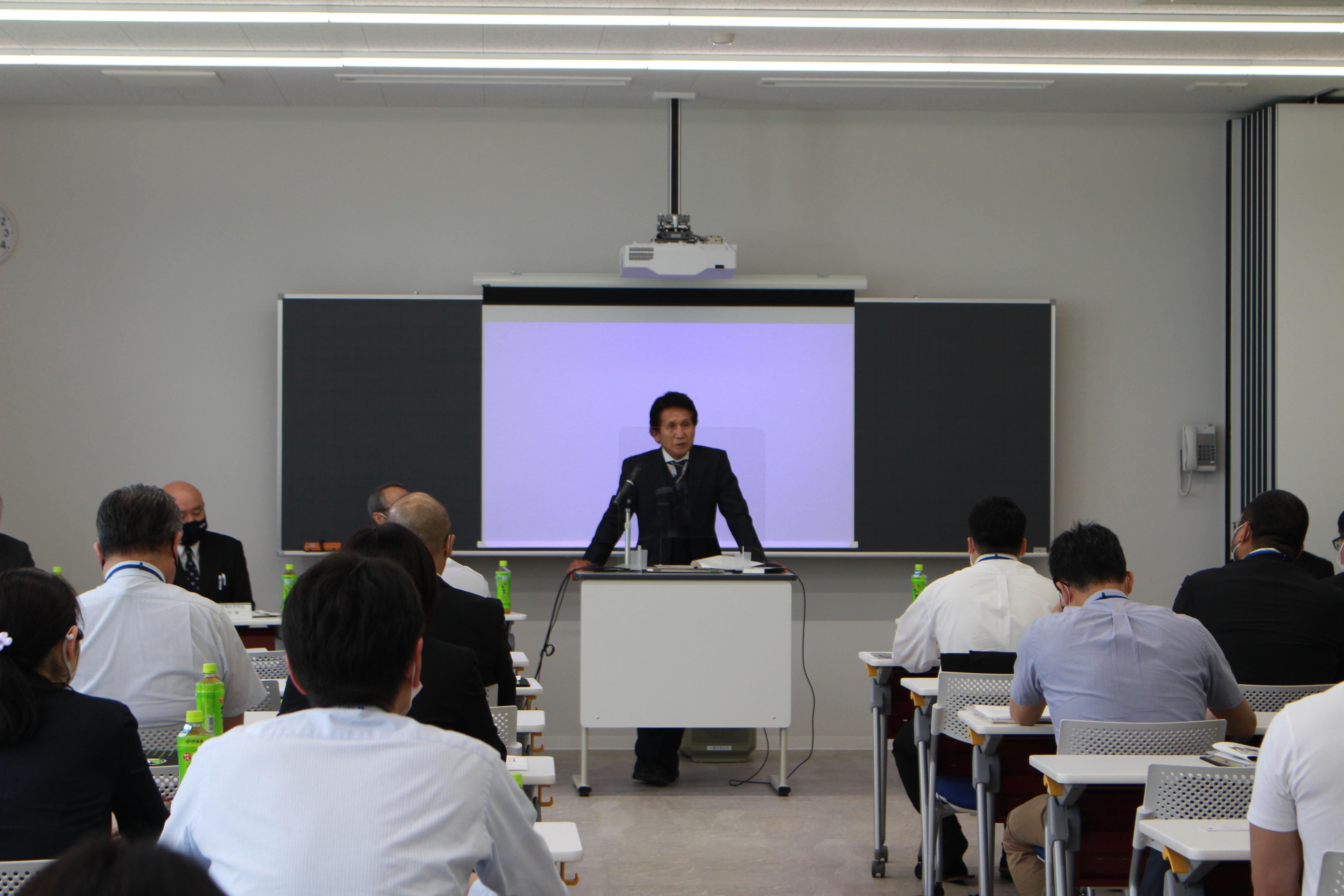 高等学校教諭対象説明会及び情報交換会が開催されました